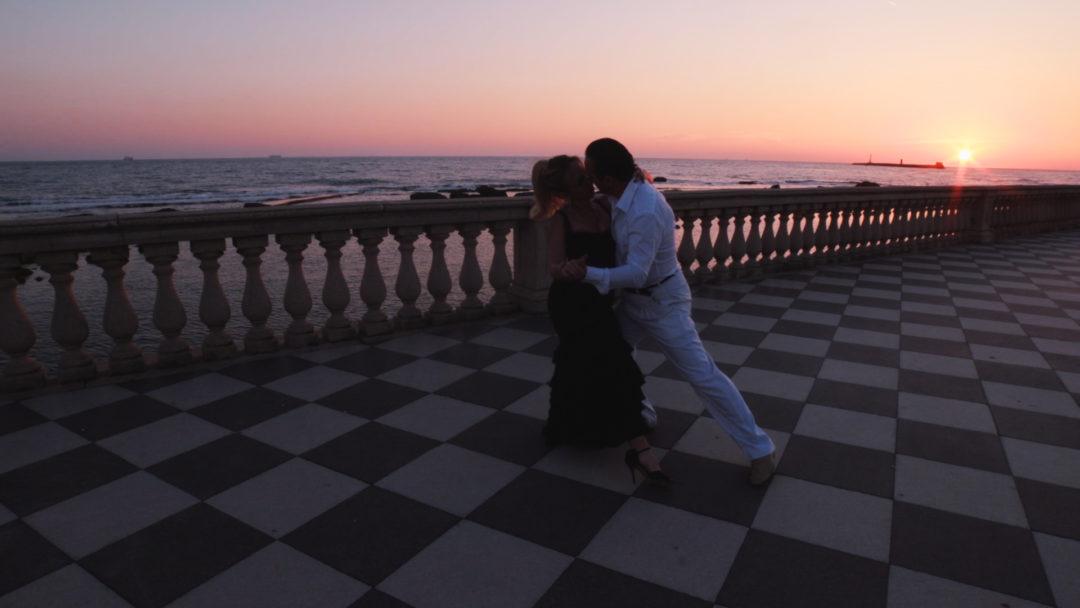 El compartido tango_Adults